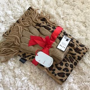 Leopard print Scarf and Glove Set | Holiday Gift
